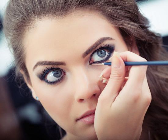 Eyeliner for blue eyes